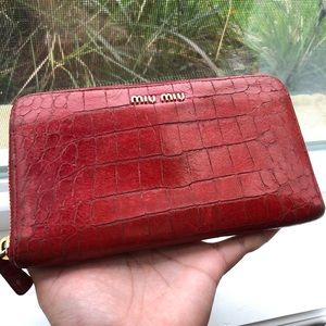 👉🏻4 for $100 Auth Miu Miu Croc Red Wallet